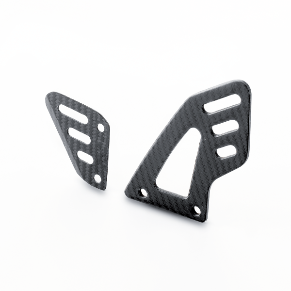Carbon Stiefelschutz für Aprilia RSV4 / Tuono V4